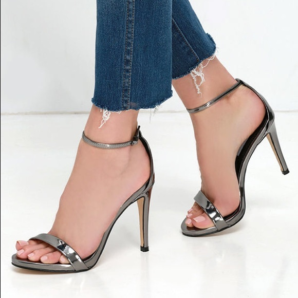 21132ecbad3 STEVE MADDEN STECY PEWTER ANKLE STRAP HEELS 7.5. M 5a8084f146aa7cb05852c442